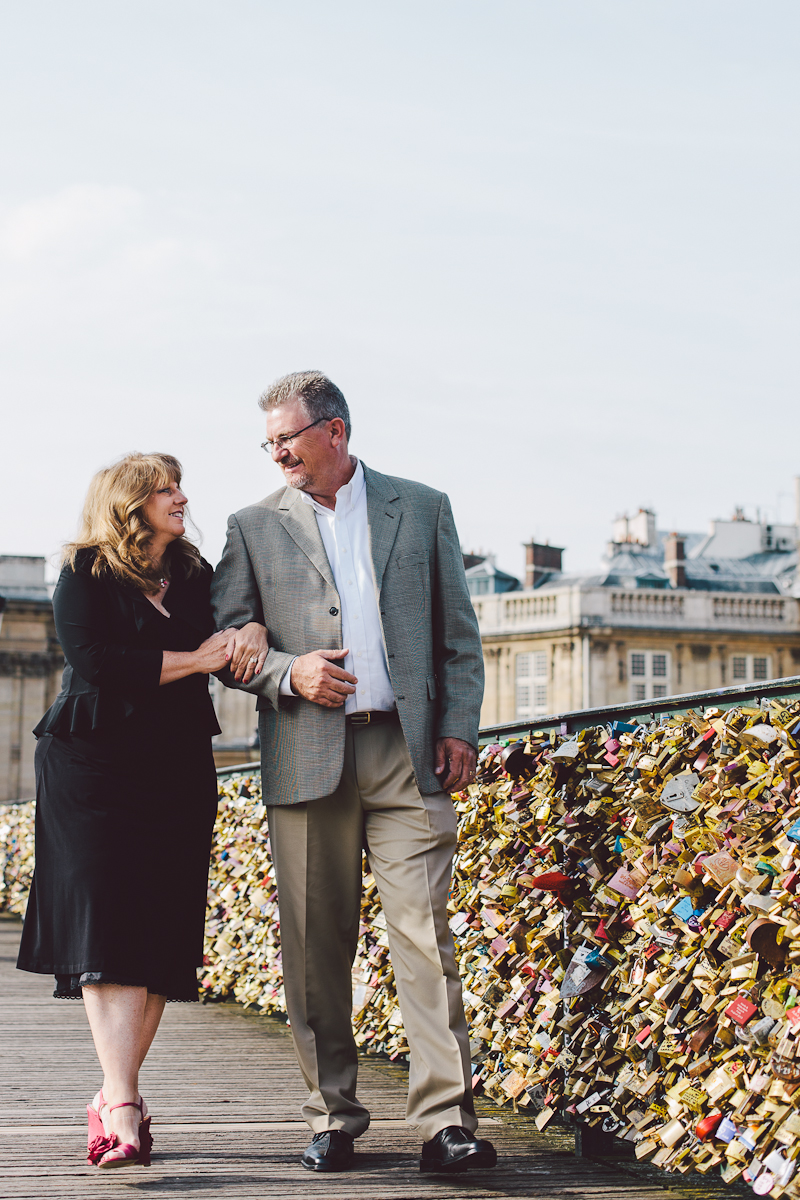 Romantic Anniversary Ideas Paris. Vacation Photographer.