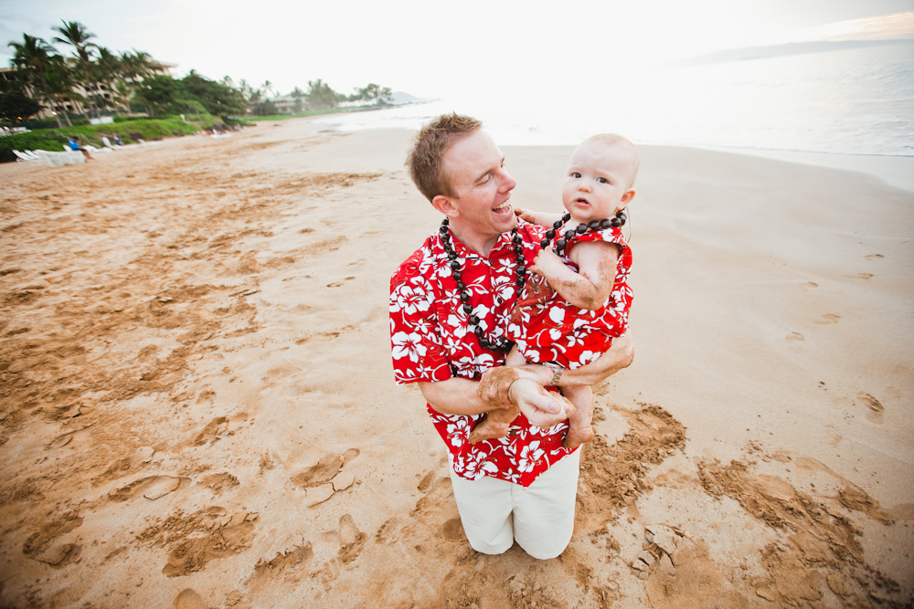 Hire a vacation photographer in Maui. Flytographer. Fairmont Kea Lani