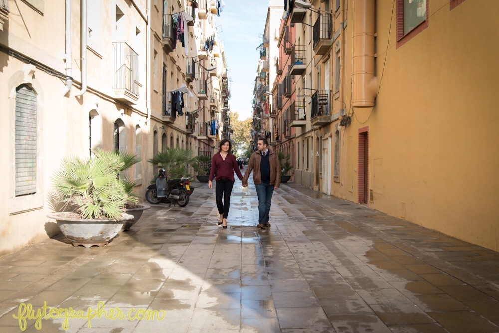Flytographer in Barcelona. Hire a Vacation Photographer in Barcelona