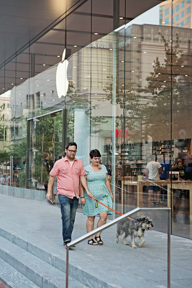 Since we started dating after swapping Apple software tips on our lunch break it was pretty amazing to stumble across an Apple store mid-shoot!