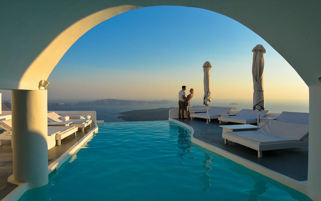 Santorini: Honeymoon in Paradise