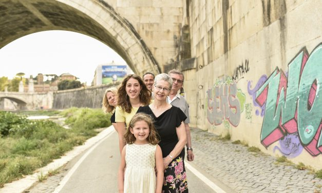 A Family Reunion Abroad | Rome Vacation Photographer