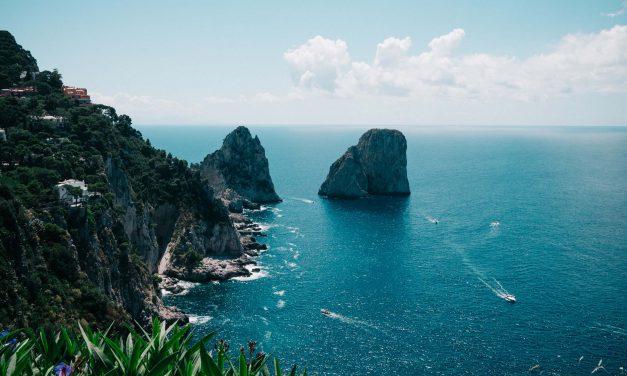 5 Reasons to Visit Capri This Summer