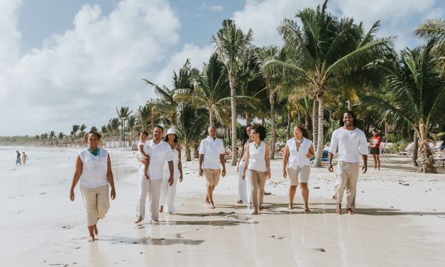 5 Reasons to Plan a Family Reunion in Playa Del Carmen