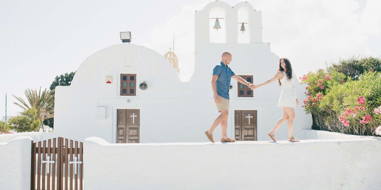 50 Photos of Santorini to Inspire Your Next Getaway