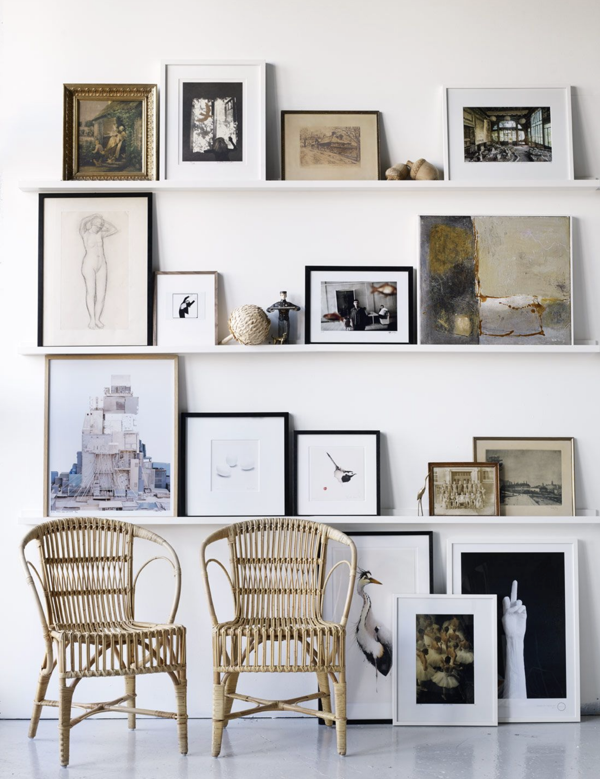 Best Gallery Walls | 25 Of The Best Gallery Walls To Get Your Creative Juices Flowing