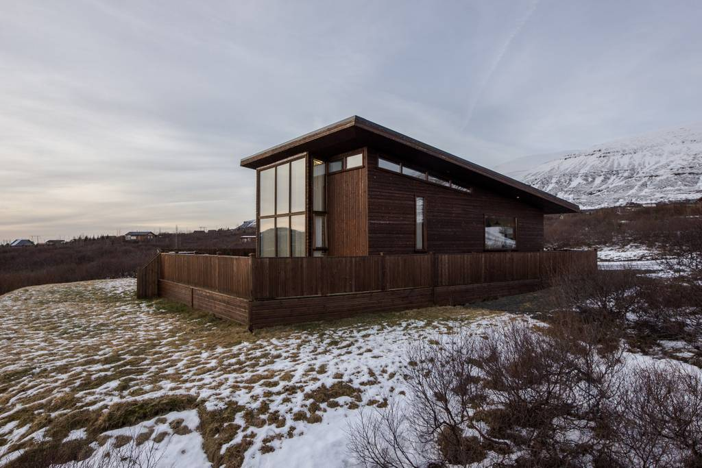 Luxury villa Airbnb near Reykjavik in Iceland. (Photo: Courtesy Airbnb)