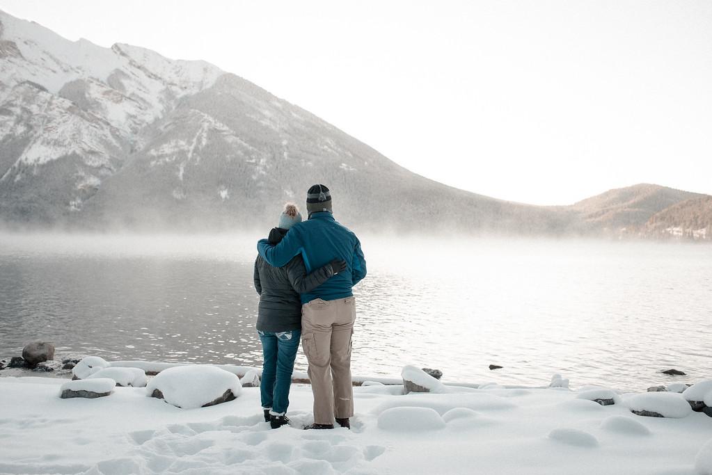 Lake Minnewanka in Banff, Alberta. (Photo: Flytographer Lyndsay)