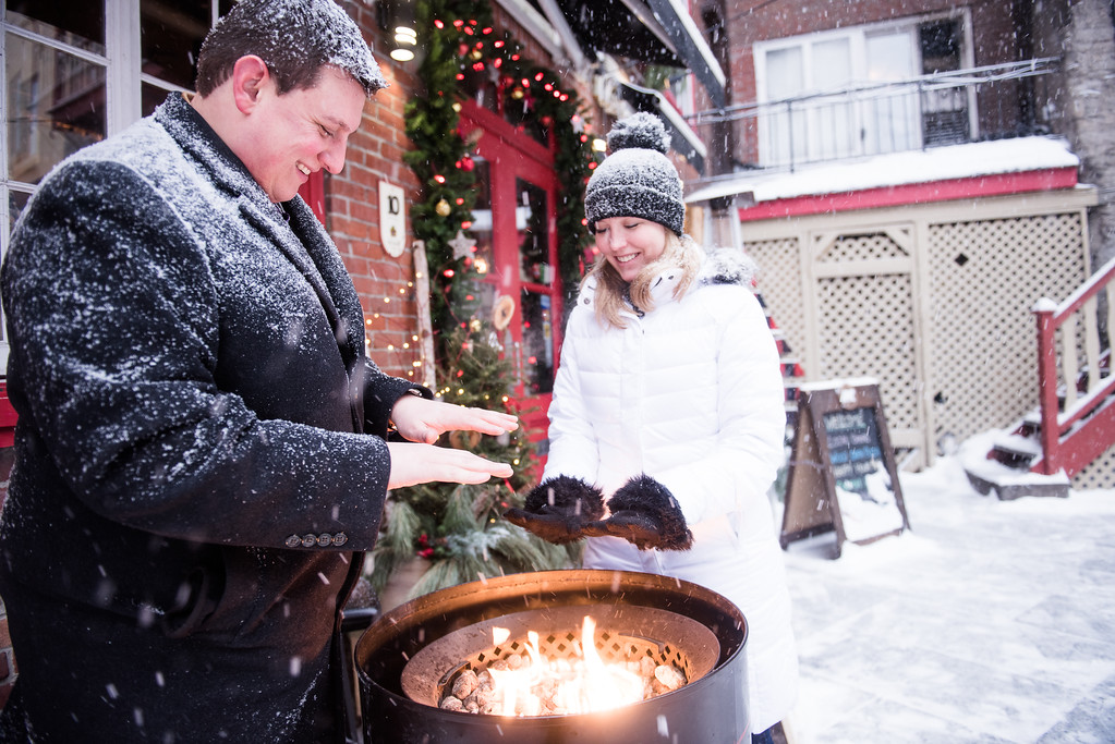 Restaurants and pubs set up outdoor fire pits like this to keep patrons warm! (Photo: Flytographer Francis in Quebec City)