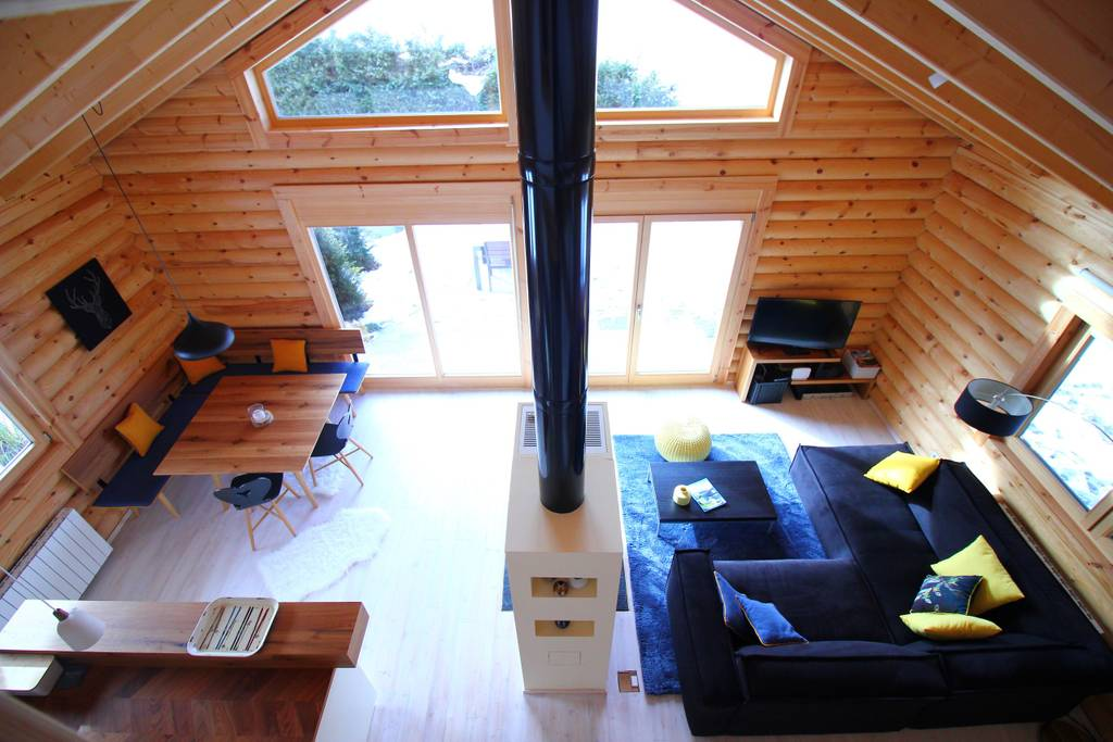 Cozy times at the Hütte am Wald Airbnb in Salzburg, Austria. (Photo: Courtesy Airbnb)